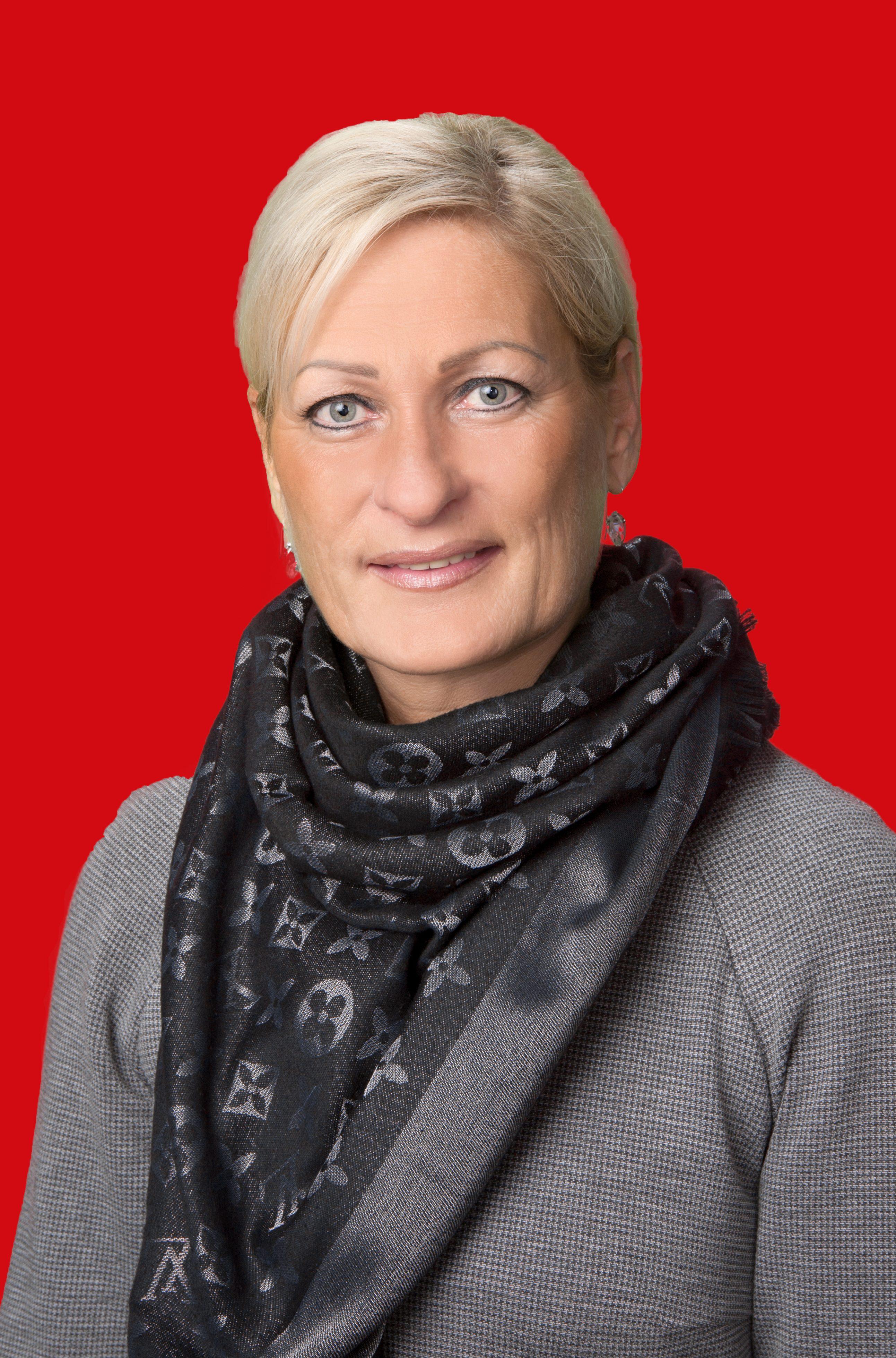 Karin Decker